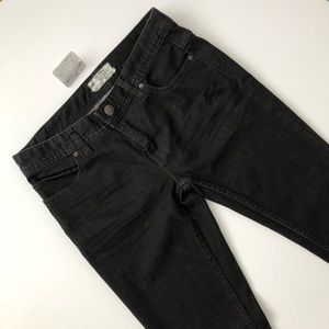 (NEW) Free People Ripped Skinny Jeans Size 27